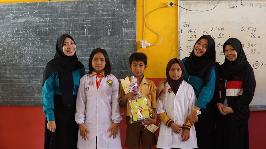Program for Kids through Education and Management on Nutrition – CIMSA UNEJ