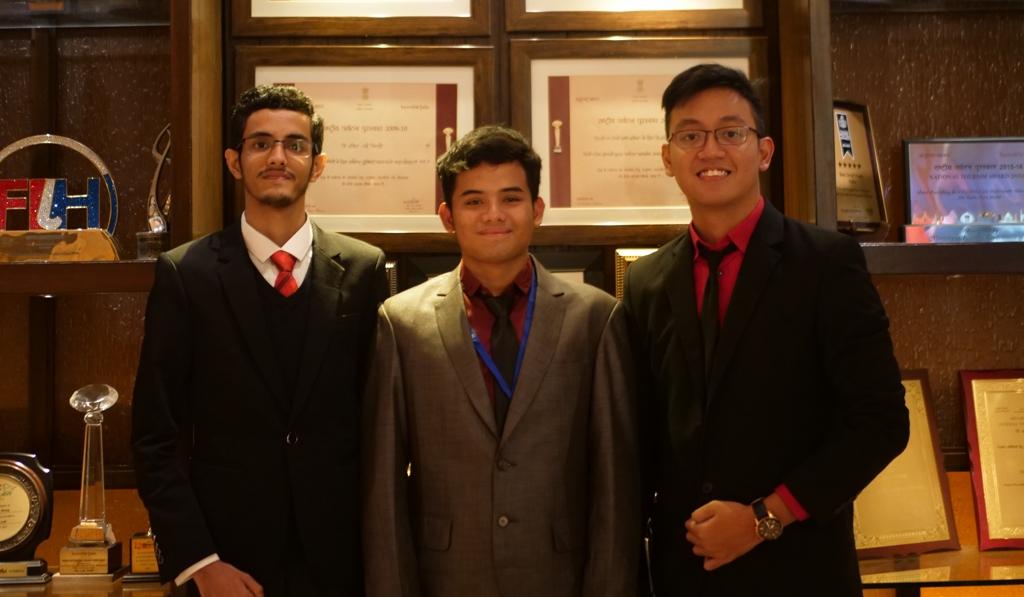 Mahasiswa Fakultas Kedokteran Universitas Jember usung Agromedis hingga ke India